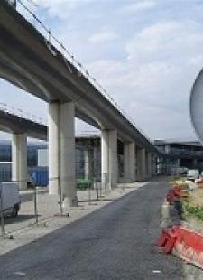 Αεροδρόμιο Charles de Gaulle, Γαλλία - Κεντρική Εικόνα